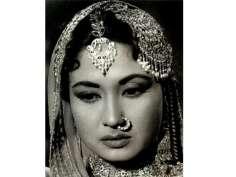 Celebrate 83rd birth anniversary of tragedy queen Meena Kumari with her best films