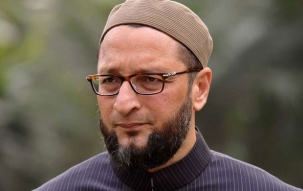 Owaisi raises alarm, asks for punishment for those who calls Muslims as Pakistanis
