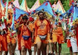 Delhi: NH 24 lined up with Lord Shiva worshipers for Kanwariya festival
